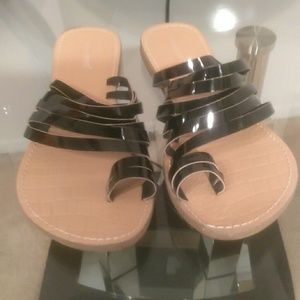 Cute Toe Ring Sandal